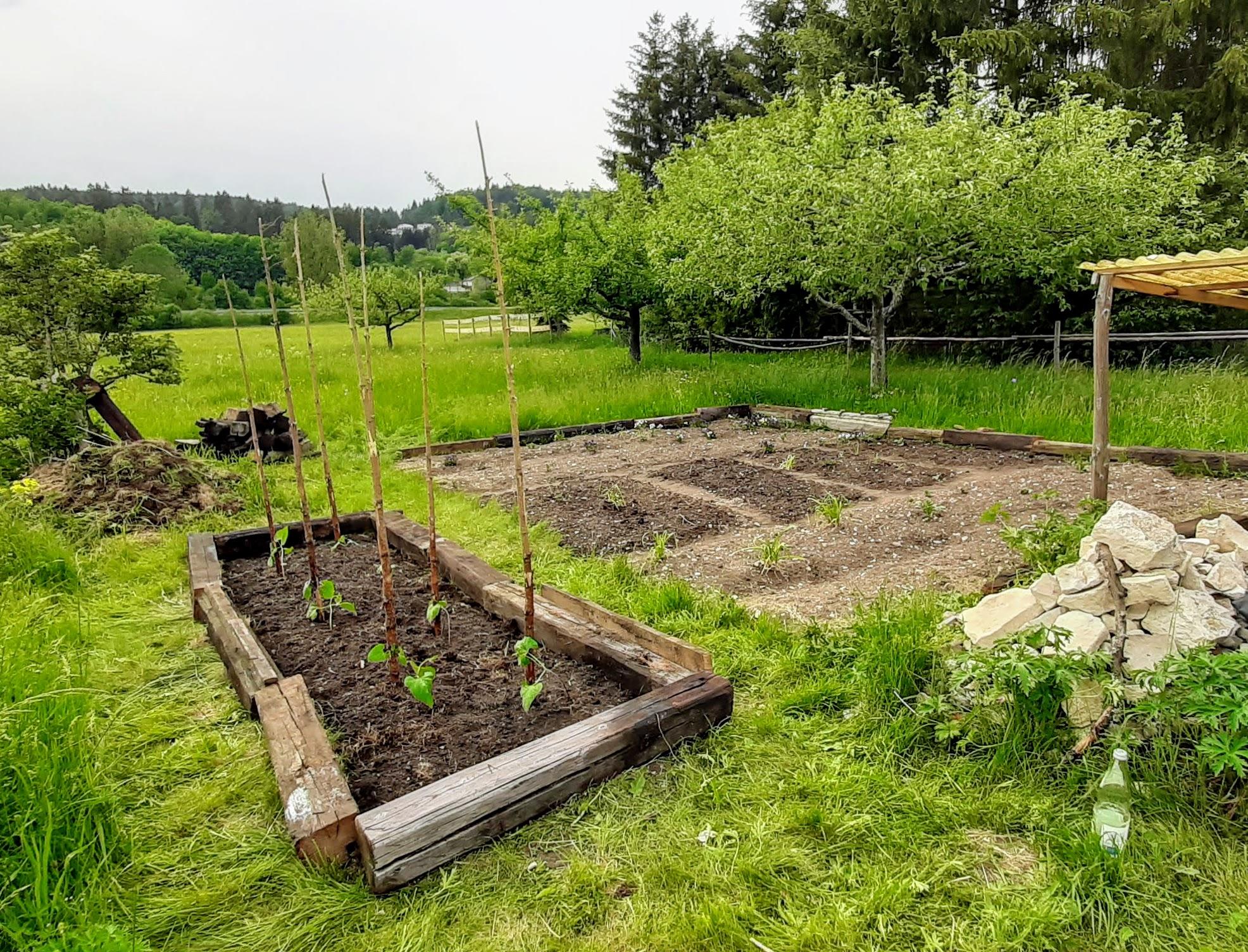 Neues Beet im Garten